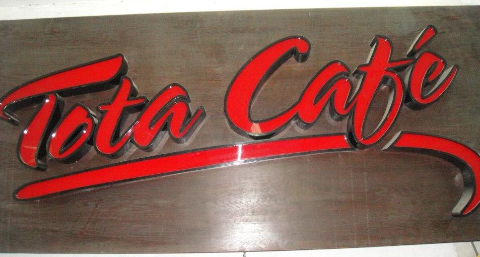 Tota Cafe